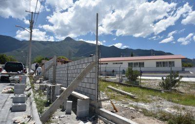 con-obras-municipio-mejora-espacios-educativos-3