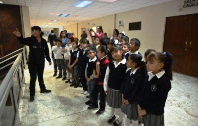 visitan-alumnos-de-brisas-la-presidencia-municipal-2
