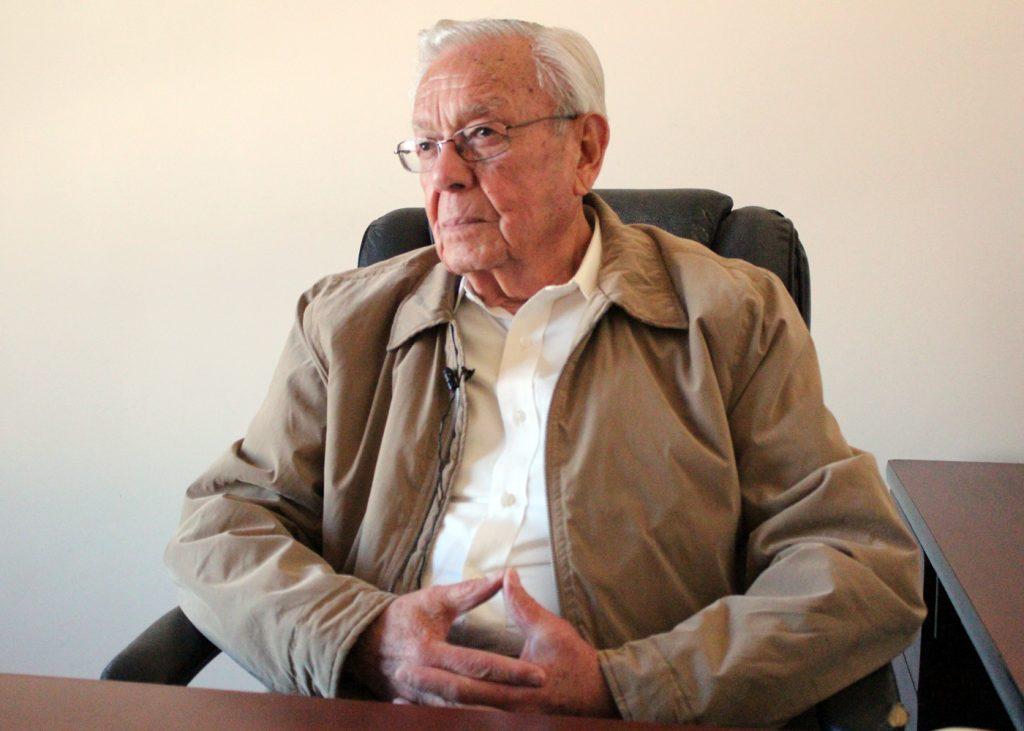 Cumple 50 años de trayectoria don Manuel H. Gil Vara1