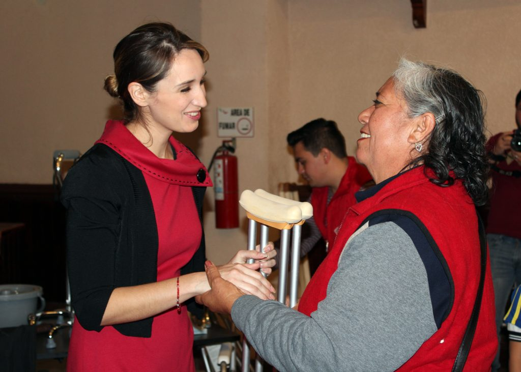 Edna Dávalos seguirá como presidenta del DIF municipal