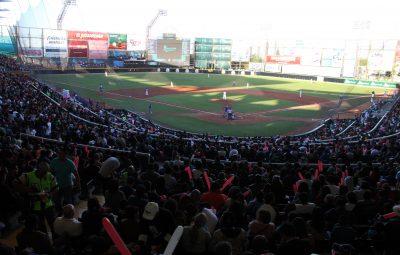 Más de 14 mil personas llenaron el Estadio Madero en el Juego inaugural vs Monclova
