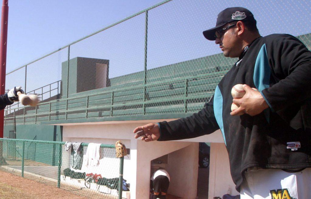Marco Romero regresa de Coach de Bateo de Saraperos