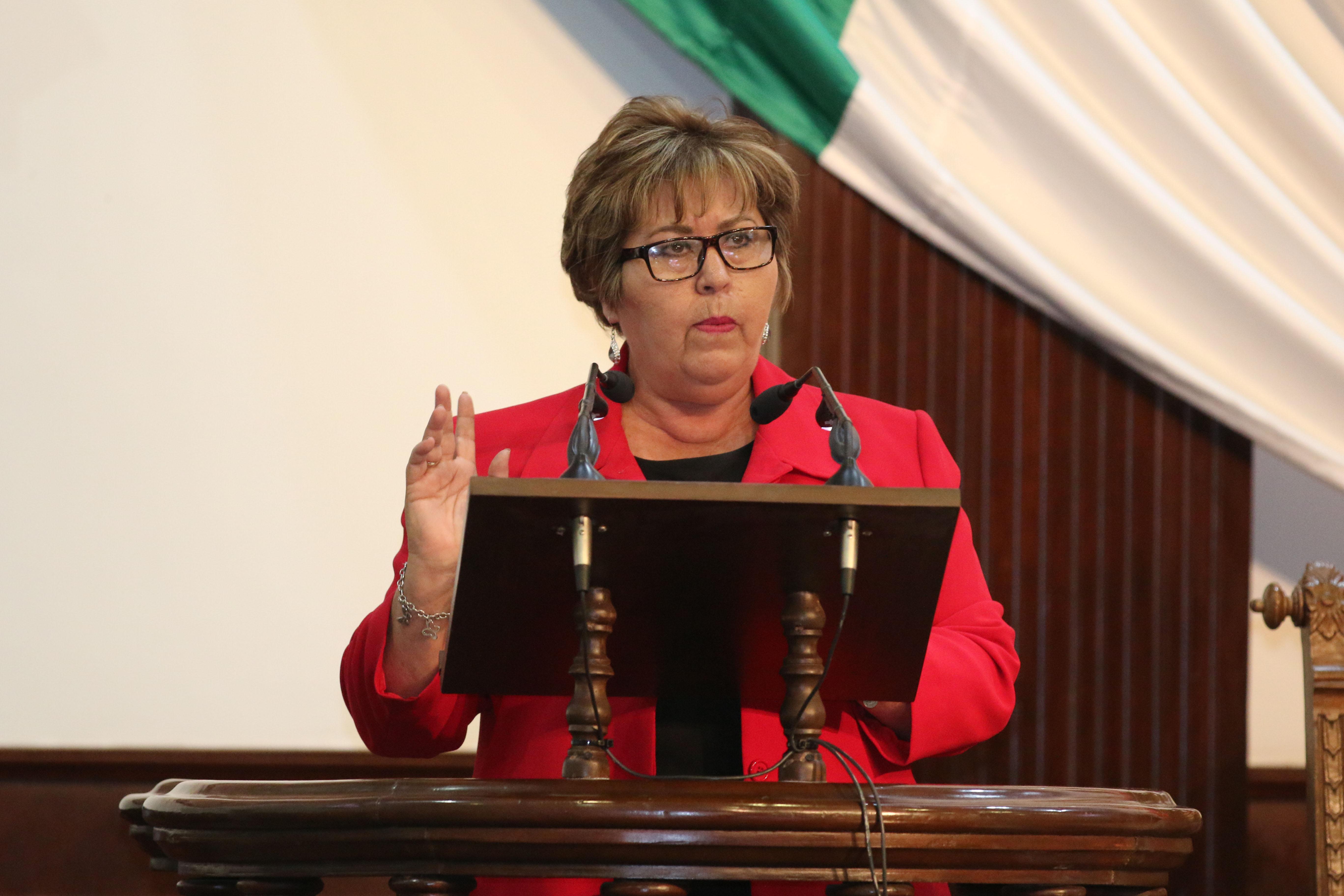 Cancela Morena candidatura de Eva Cadena; Fepade la investiga
