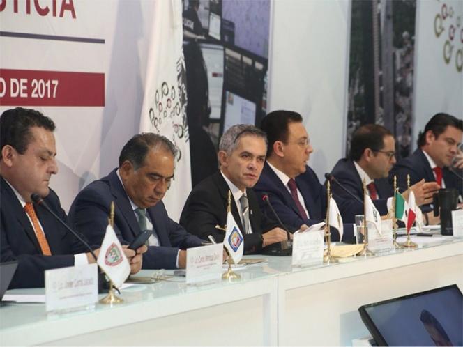 Se reúnen en privado integrantes de la Comisión de Seguridad de Conago
