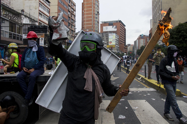 La oposición venezolana denunció penalmente a Nicolás Maduro