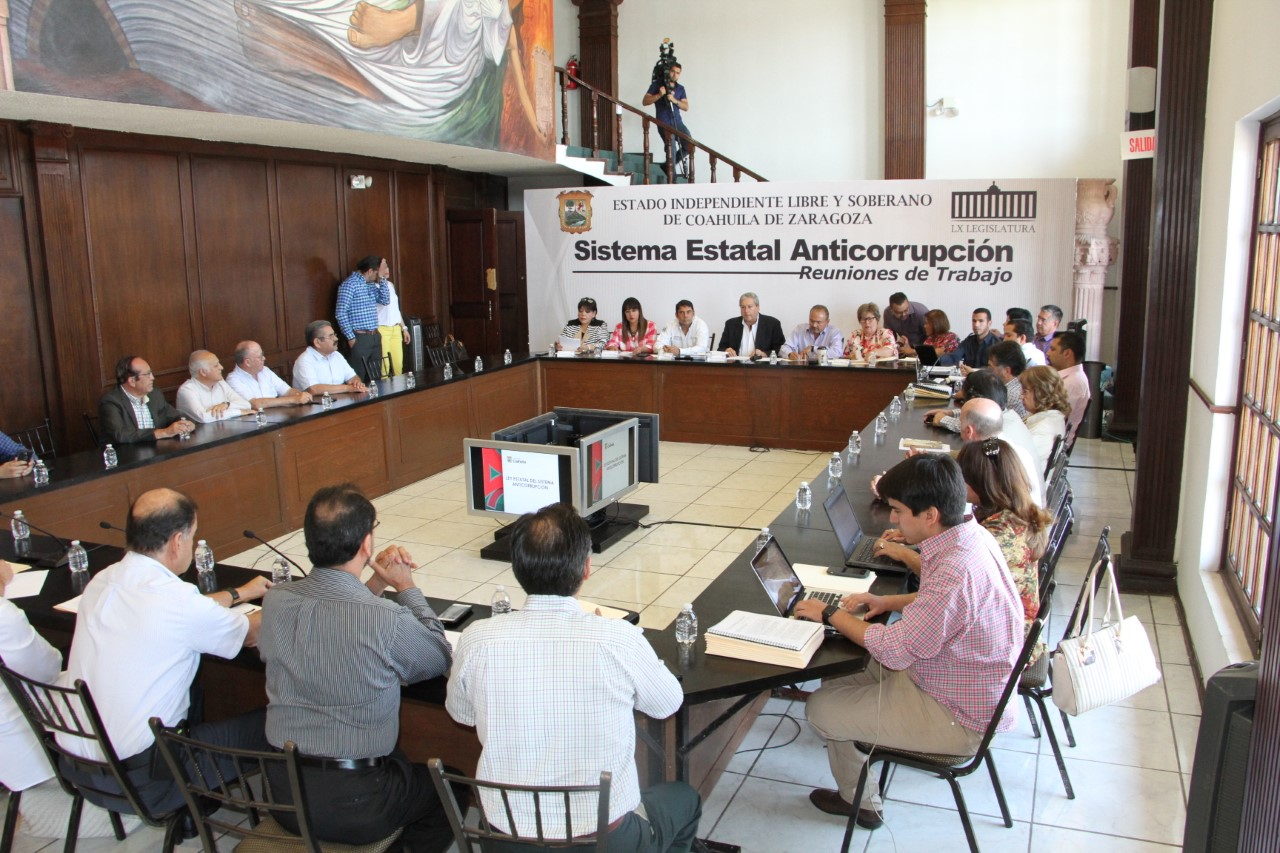 Gobernador de Colima envía iniciativa para crear Sistema de Anticorrupción