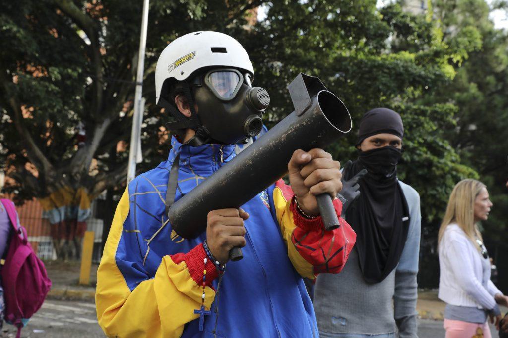 Venezuela suspendida del bloque comercial sudamericano