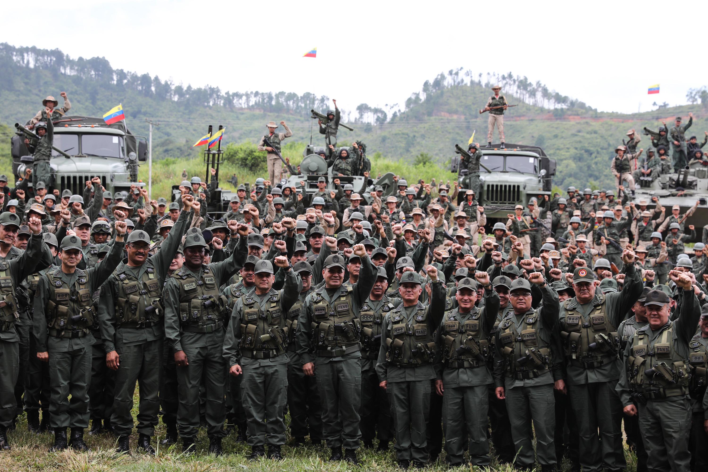 Maduro pide a la Constituyente procesar a quienes apoyan una intervención