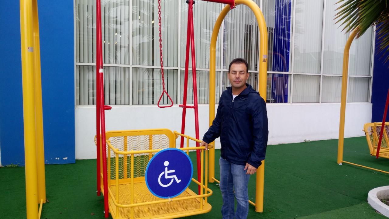 Destrozan Juegos Infantiles Para Ninos Con Discapacidad En